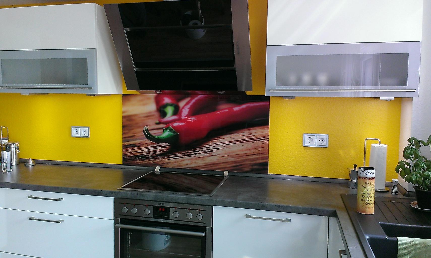 Trend: Küchenrückwände aus Glas - Glaserei Besler - Ihre Glaserei ...